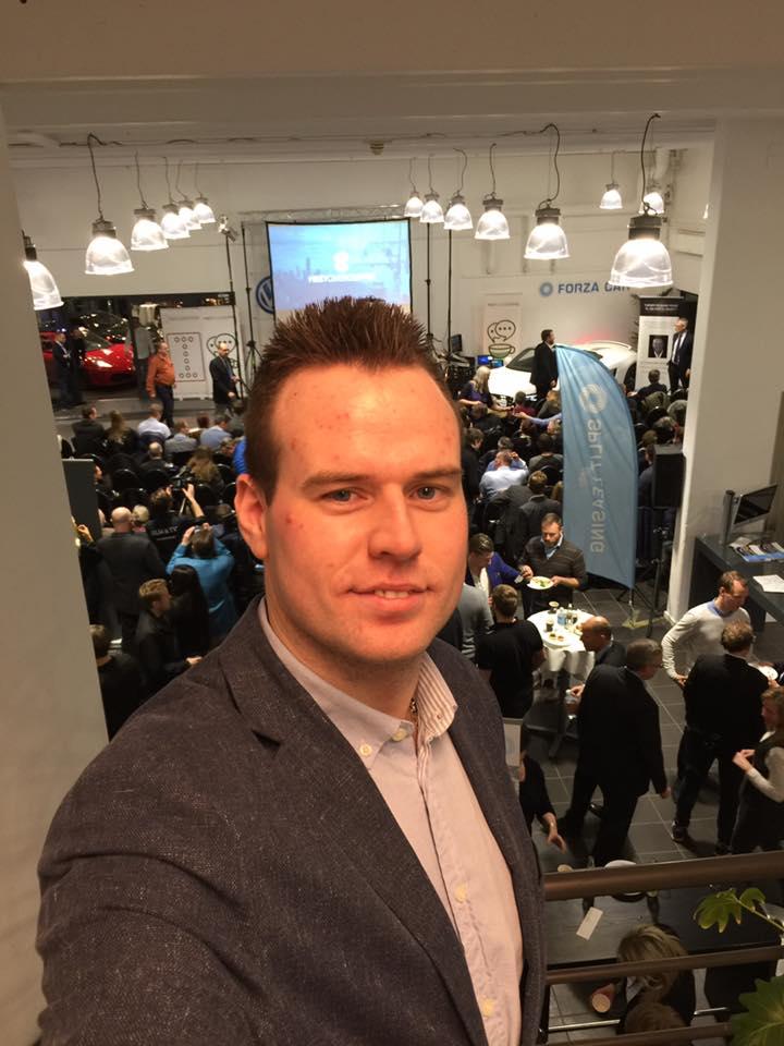 Vil du være medlem af Danmarks fremtids erhvervsnetværk? Meet Over Coffee (Mødes Over Kaffe) og mødes med nye mennesker der kan hjælpe dig?
