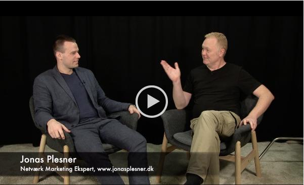 En lille introduktion af Jonas Plesner Grøn-Iversen interviewet af Flemming Eiberg i Walk-in-Studio.dk